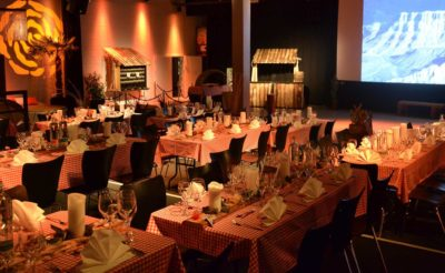 bild_background_eventkonzept_eventidee_country_western_linedance_1_starlite_eventhall_eventlocation_eventlokal_event_hall_location_lokal_venue_rapperswil_jona_zuerichsee